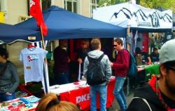 Stand der DKP Nürnberg auf dem Mai-Fest in Gostenhof
