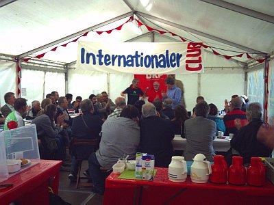 """Nürnberg kümmerte sich um das """"Café K"""", Das Zelt des PV, das u.A. als Rückzugsort für internationale Gäste diente, in dem aber auch ausgewählte Veranstaltungen, Buchvorstellungen usw. stattfanden."""