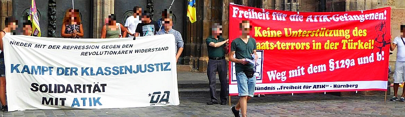 Foto von der Solikundgebung für die Gefangenen der ATIK vor der Lorenzkirche