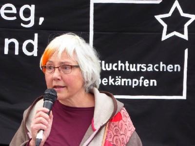 Gunhild Hartung (Platz 2 der Landesliste zur Bundestagswahl sprach auf der Demo)