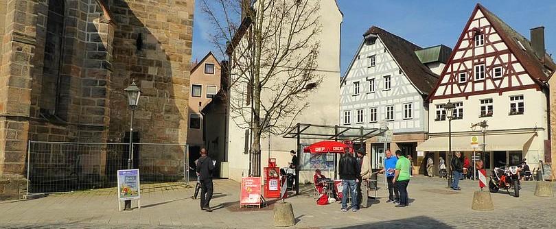 Infostand der DKP Kreis Nürnberger Land in Lauf - Panorama