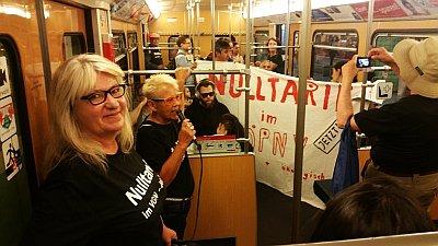 Bild: VGN Aktion in der U-Bahn